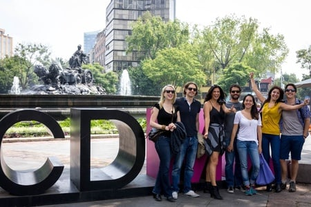 Mexico City: Colonia Roma cultural walking & gourmet foodie tour