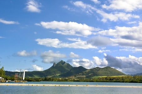 Mauritius Ile aux Cerfs Catamaran Cruise with Lunch