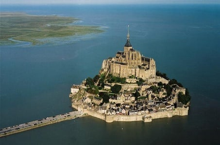 Private Guided Day Tour of Mont St-Michel from Paris