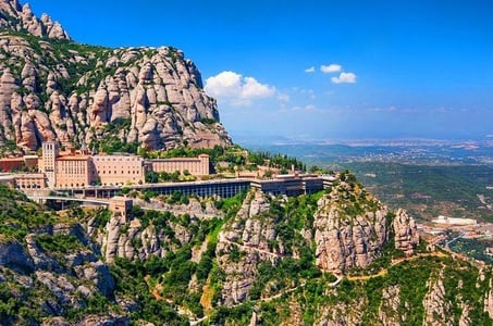 Half Day Montserrat Private Tour From Barcelona