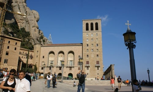 Half day private tour to Montserrat from Barcelona