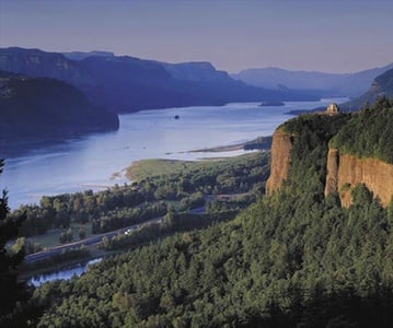 Multnomah Falls and Gorge Waterfalls Day Trip from Portland