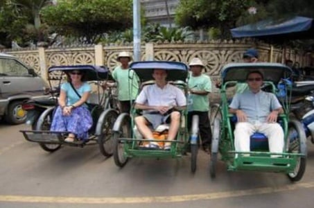 Phnom Penh Full-Day Small-Group City Tour