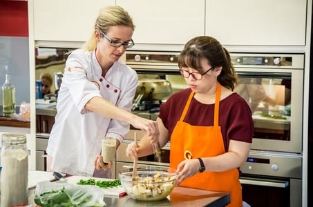 Prague Cooking Class Including Market Visit and 3-Course Lunch