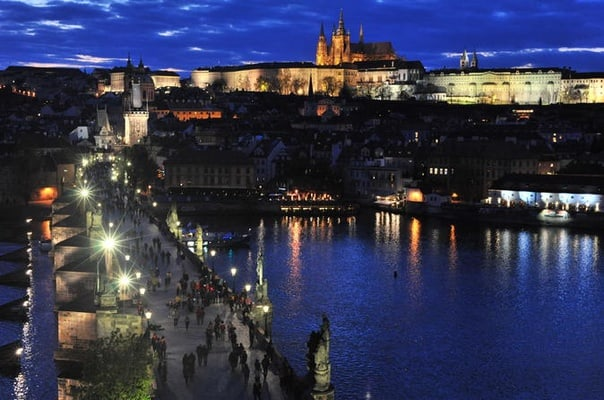 Guided Photography Walking Tour: Sunset and Twilight in Prague