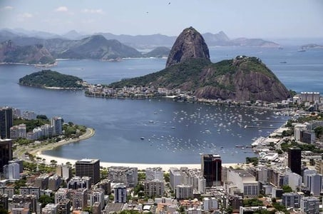 Private Tour: Sugar Loaf and Happy Hour
