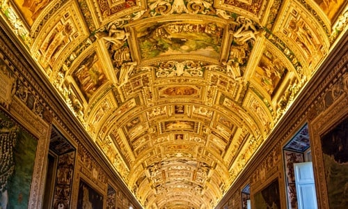 Exclusive Vatican: semi-private guided tour of museums, St Peter's and Sistine Chapel