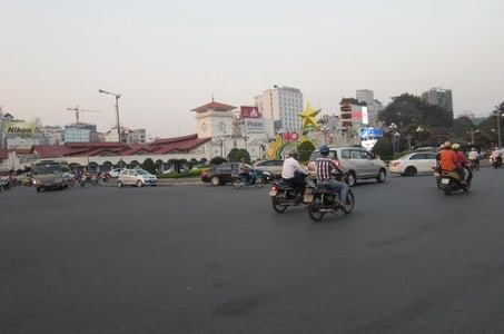 Small-Group Ho Chi Minh Highlights Half-Day City Tour