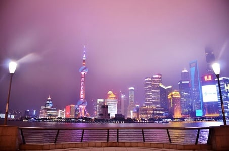 3-Hour Shanghai Private Night Tour with Huangpu River Cruise