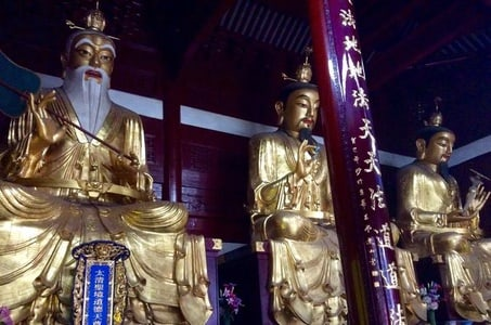 All Inclusive Private Shanghai Temple and Artwork Tour: A Deeper Understanding to Chinese Ethos