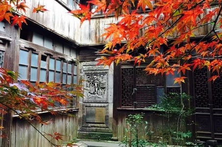 Shanghai Old Time Exploration with Sassoon's Cathay Mansion Dining Experience