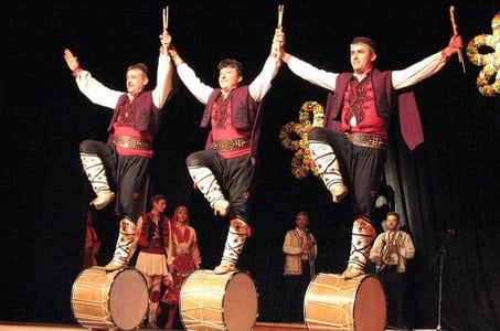 Panoramic Sofia Evening Tour with Bulgarian Folklore Show and Dinner