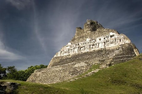 Full-Day Tour of Xunantunich and Cave Tubing from San Ignacio