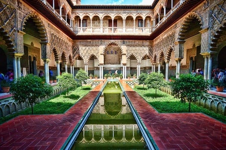 Fast Track Seville Guided Tour into Alcazar