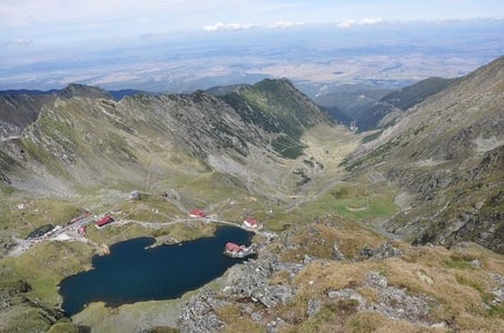 Full-Day tour Transfagarasan road and Poienari Fortress from Brasov