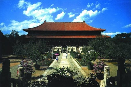 The Great Wall at Badaling and Ming Tombs Private Tour