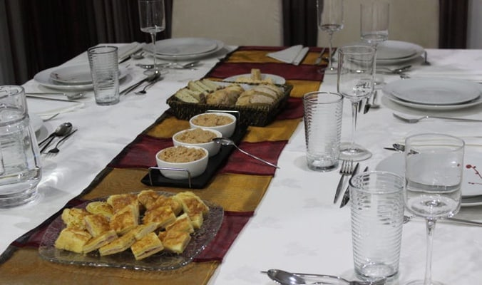 Traditional portuguese cuisine with the best Douro wines!