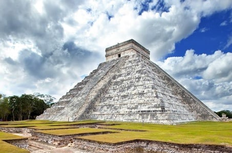 Chichen Itza Small-Group Tour with Private Entrance from Tulum