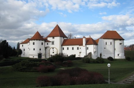 Varazdin and Trakoscan Castle Small-Group Tour from Zagreb