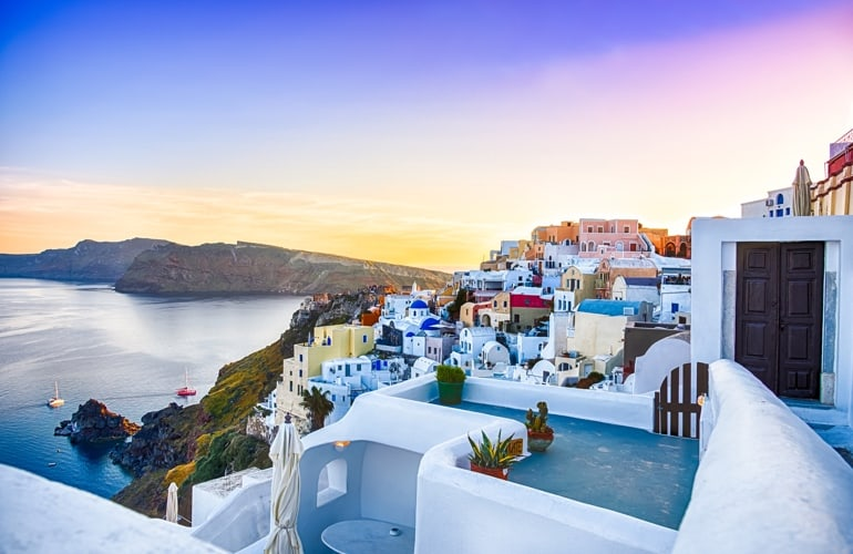 holidays in santorini