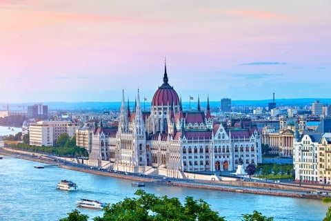 Traveling in Budapest - 7 best things to do